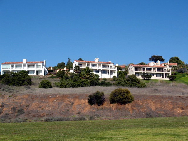 Hillside homes in Palos Verdes California